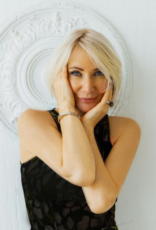 Rencontre avec une belle femme russe, Valentina 54 ans