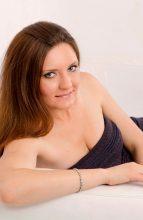 Agence matrimoniale rencontre de ALINA  femme russe de 46 ans