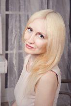 Agence matrimoniale rencontre de ELENA  femme russe de 42 ans