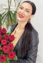 Agence matrimoniale rencontre de IULIIA  femme russe de 36 ans
