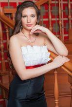 Agence matrimoniale rencontre de IULIIA  femme russe de 32 ans