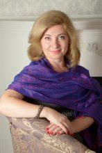 Agence matrimoniale rencontre de ELENA  femme russe de 48 ans