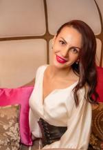 Agence matrimoniale rencontre de VIKTORIA  femme russe de 37 ans