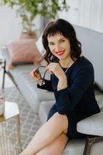 Agence matrimoniale rencontre de ELENA  femme russe de 50 ans