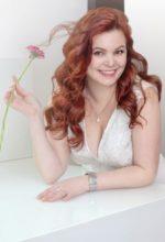 Agence matrimoniale rencontre de ZOYA  femme russe de 45 ans
