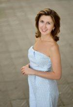 Agence matrimoniale rencontre de DIANA  femme russe de 39 ans