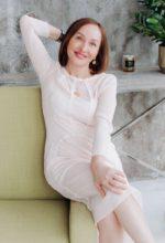 Agence matrimoniale rencontre de MARINA  femme russe de 56 ans