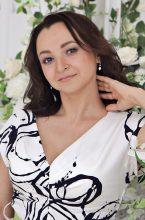 Agence matrimoniale rencontre de ZULFIA  femme russe de 35 ans