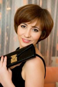 Agence matrimoniale rencontre de GOULYA  femme russe de 44 ans