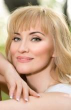 Agence matrimoniale rencontre de ALEXANDRA  femme russe de 50 ans