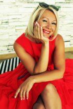 Rencontre séniors, OLGA 50 ans une belle femme russe célibataire.