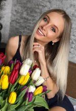 Agence matrimoniale rencontre de OKSANA  femme russe de 27 ans