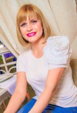 Agence matrimoniale rencontre de ELENA  femme russe de 35 ans