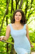 Agence matrimoniale rencontre de IULIIA  femme russe de 49 ans