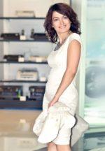 Agence matrimoniale rencontre de INDIRA  femme russe de 43 ans