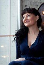 Agence matrimoniale rencontre de LARISA  femme russe de 58 ans
