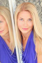 Agence matrimoniale rencontre de LARISSA  femme russe de 56 ans