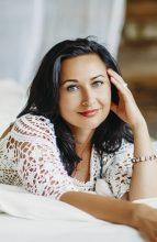 Agence matrimoniale rencontre de JEANNA  femme russe de 46 ans