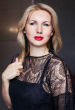 Agence matrimoniale rencontre de VALERIYA  femme russe de 40 ans