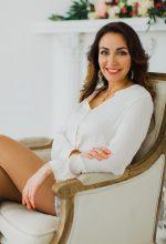 Agence matrimoniale rencontre de ADELIIA  femme russe de 41 ans