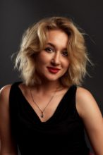 Agence matrimoniale rencontre de MARINA  femme russe de 25 ans