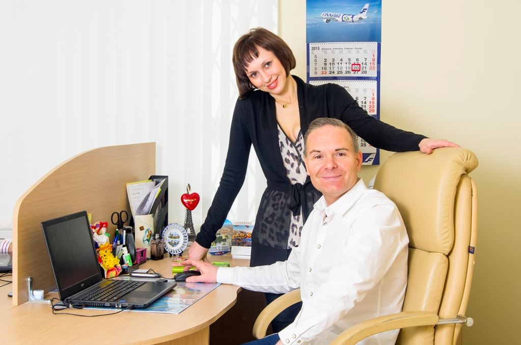 Nos conseillers Alissa et Christophe, vous accompagnent dans la recherche de femmes russes.