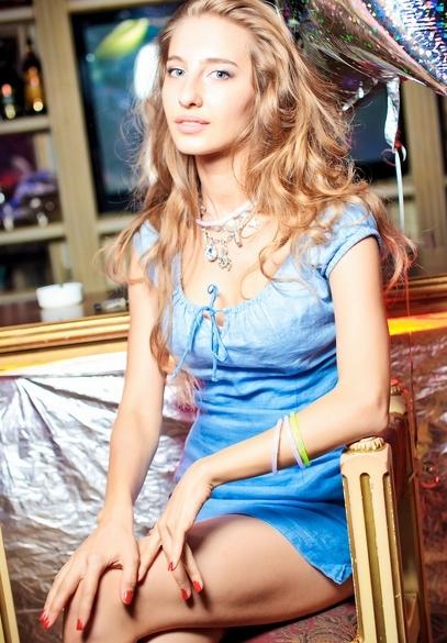 Rencontre avec une belle femme russe, Anna 32 ans