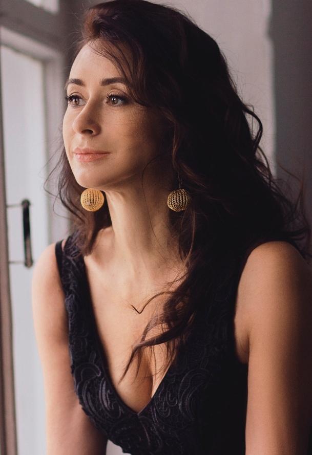 Agence matrimoniale rencontre de Margarita  femme célibataire de 48 ans, Châlon-sur-Saône.