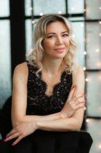 Agence matrimoniale rencontre de ELENA  femme russe de 44 ans