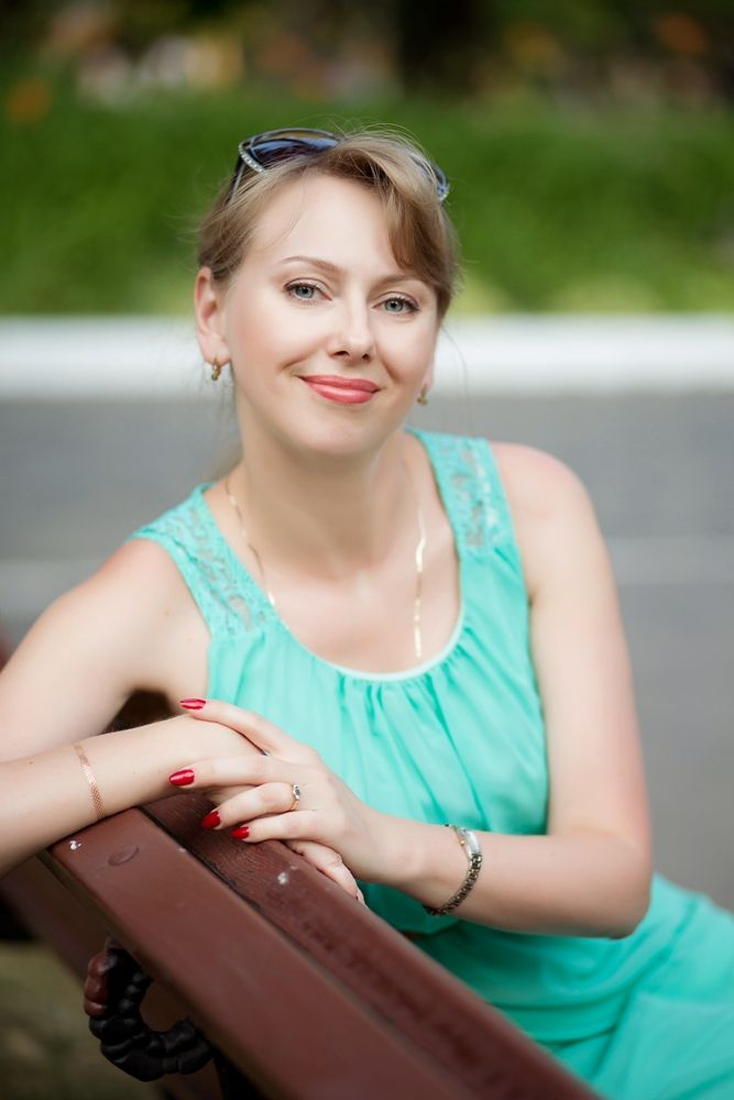 Agence matrimoniale rencontre de Tatiana  femme célibataire de 42 ans, Échirolles.