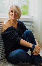 Agence matrimoniale rencontre de VALENTINA  femme russe de 54 ans