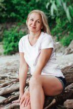 Agence matrimoniale rencontre de GUZEL  femme russe de 50 ans