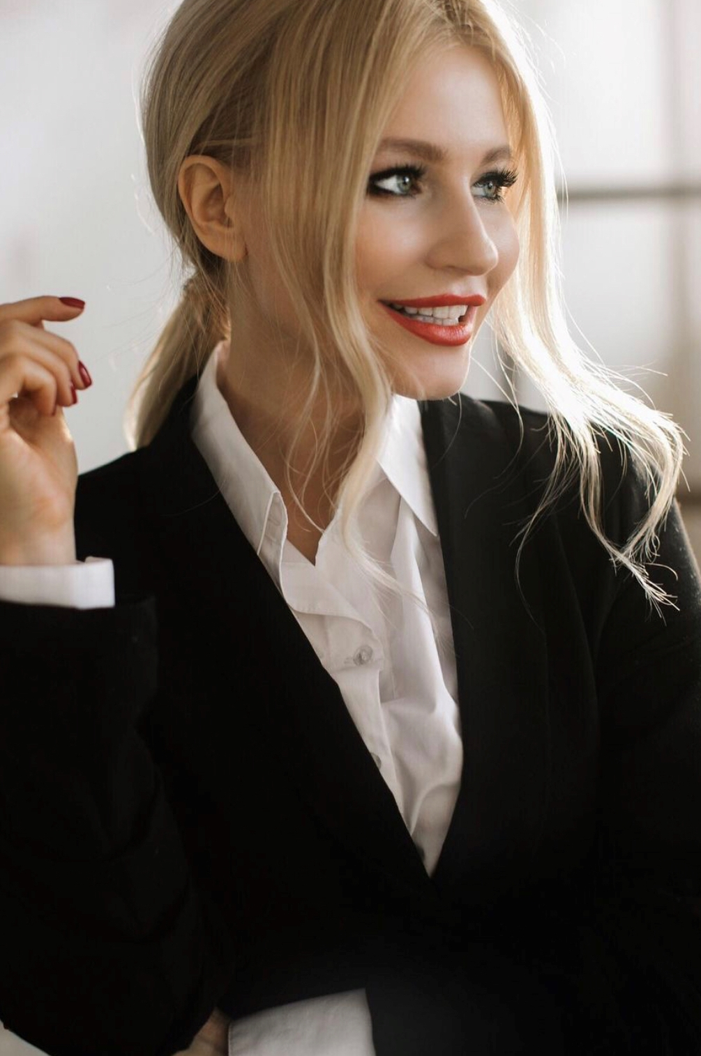 Agence matrimoniale rencontre de Anastassia  femme célibataire de 35 ans, Aquitaine.