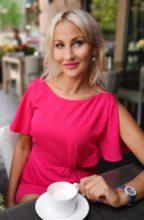 Agence matrimoniale rencontre de ALINA  femme russe de 43 ans