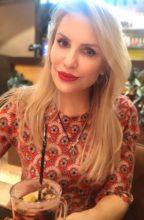 Agence matrimoniale rencontre de ALLA  femme russe de 46 ans